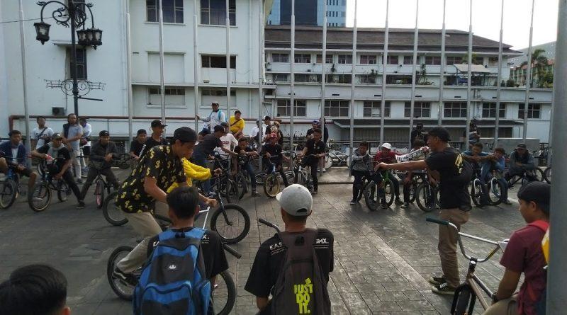 Peringati BMX Day, Komunitas BMX se-Jawa Barat Berkumpul di Kota Bandung