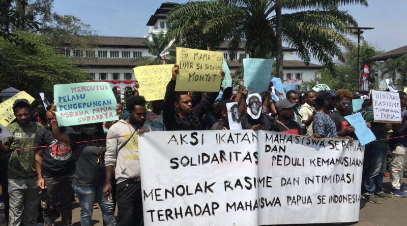 Mahasiswa Papua di Bandung Menggelar Aksi Solidaritas Peduli Kemanusiaan Menolak Rasisme