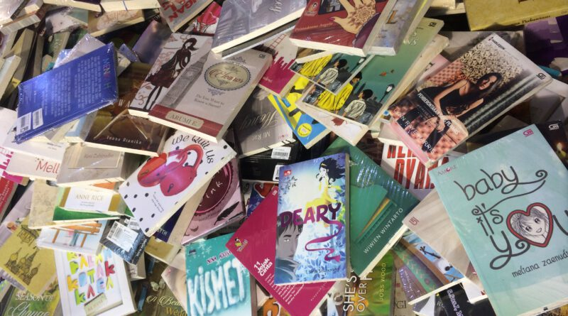 Bibliomania: Sindrom Obsesif–Kompulsif Mengoleksi Buku