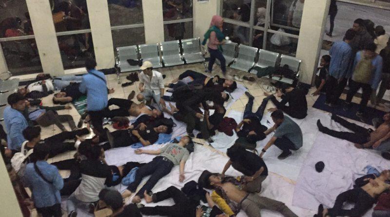 Demo Mahasiswa, 94 Mahasiswa Jadi Korban
